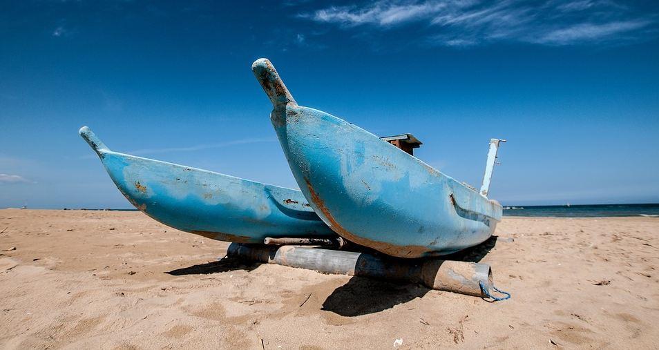 spiaggia sardegna barche