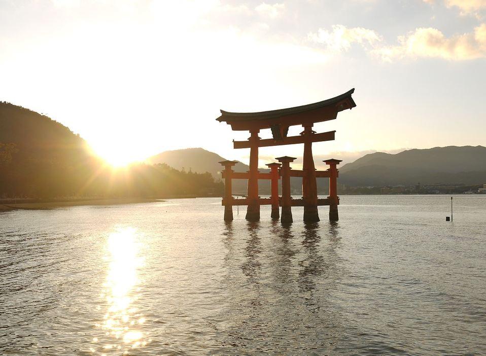 Torii tradizionale giapponese