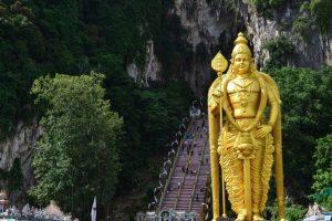 malesia gautama buddha batu caves