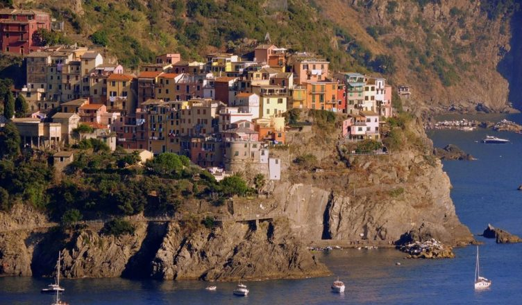 Corniglia Turismo alle Cinque Terre