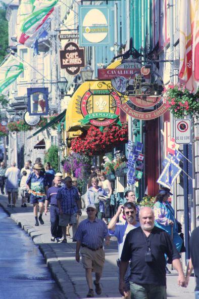 Quebec stores