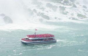cascate del Niagara barca