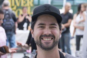 uomo sorridente Quebec Canada