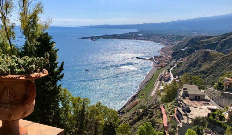 Taormina Sicilia landscape